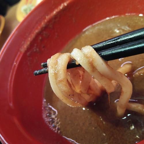 スシロー鯖系濃厚魚介つけ麺、つけ汁に in