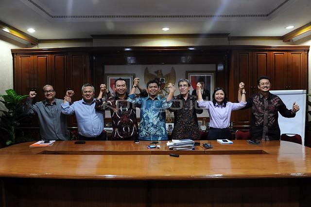 Rapat Pleno KPU RI(18/7)