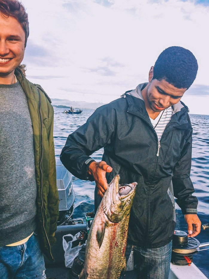 Fishing crabbing in powell river perogy and for Buy fishing license at walmart