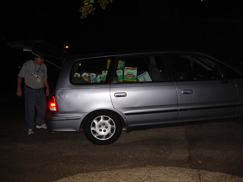 Hurricane Katrina - Av Packing the Van at 5:30am