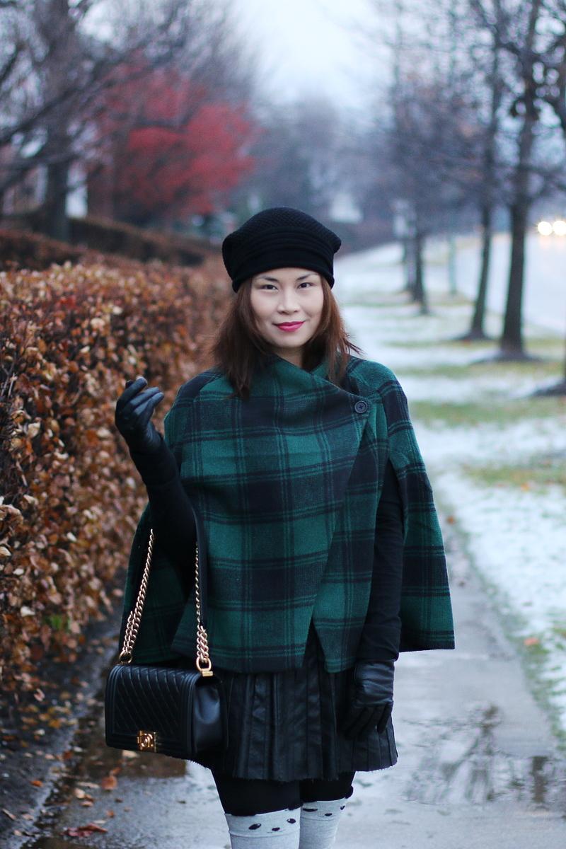 green-plaid-cape-chanel-bag-beanie-5
