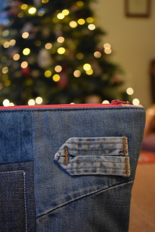 Denim Zippy Pouch Gift