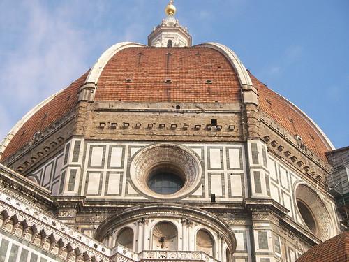 Cúpula de la Catedral de Florencia en la Piazza del Duomo. ViajerosAlBlog.com.