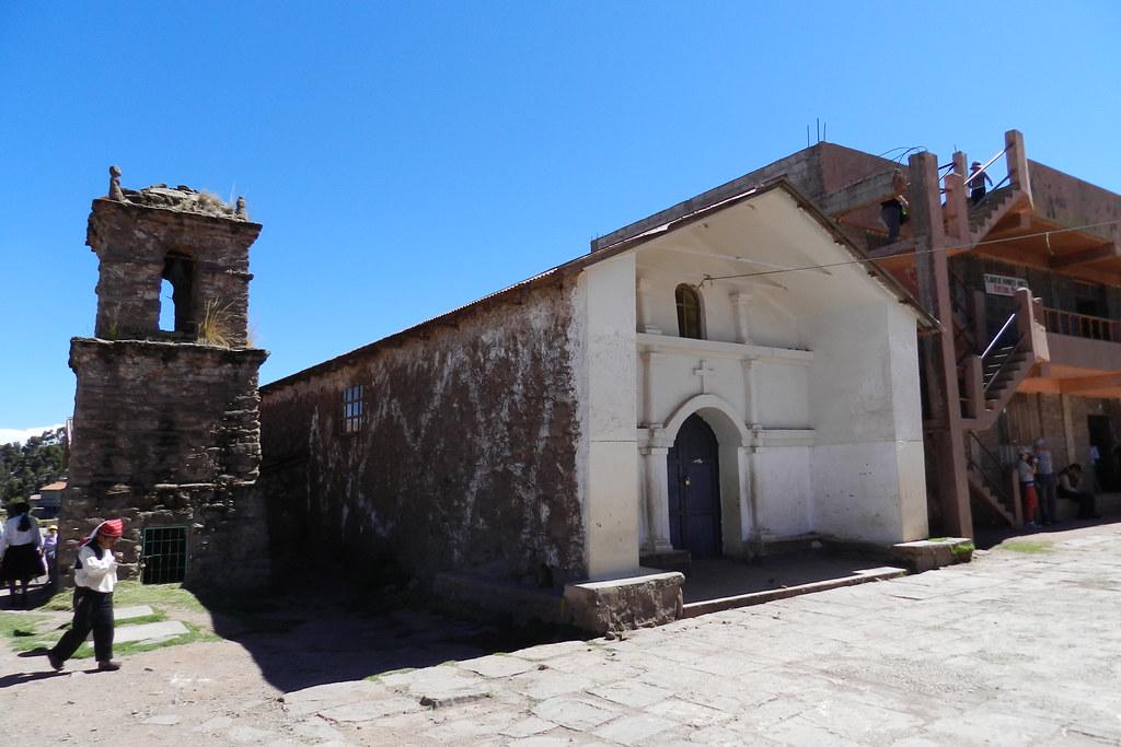 Iglesia Pueblo Taquile Lago Titicaca Isla Taquile Peru 20