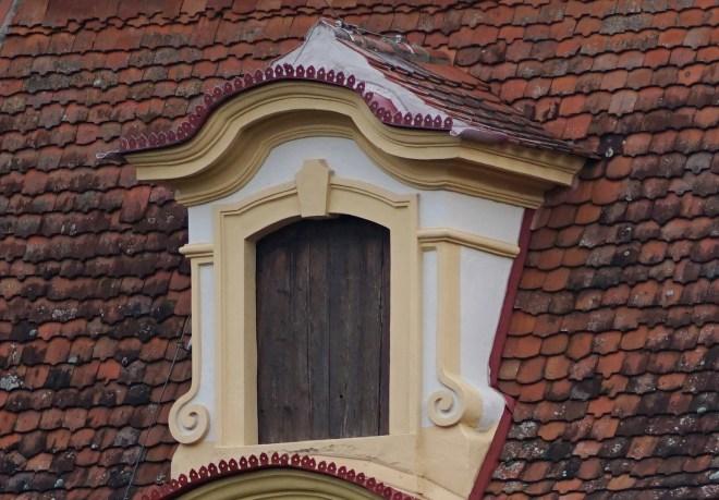 SchlossFrankenstein_ApoElmar100f2,8_f2,8_LLOOcrop100