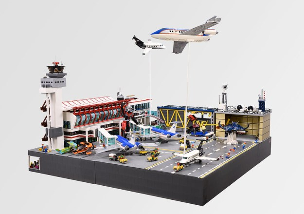 Lego Airport Diorama 'Civil War Scene'