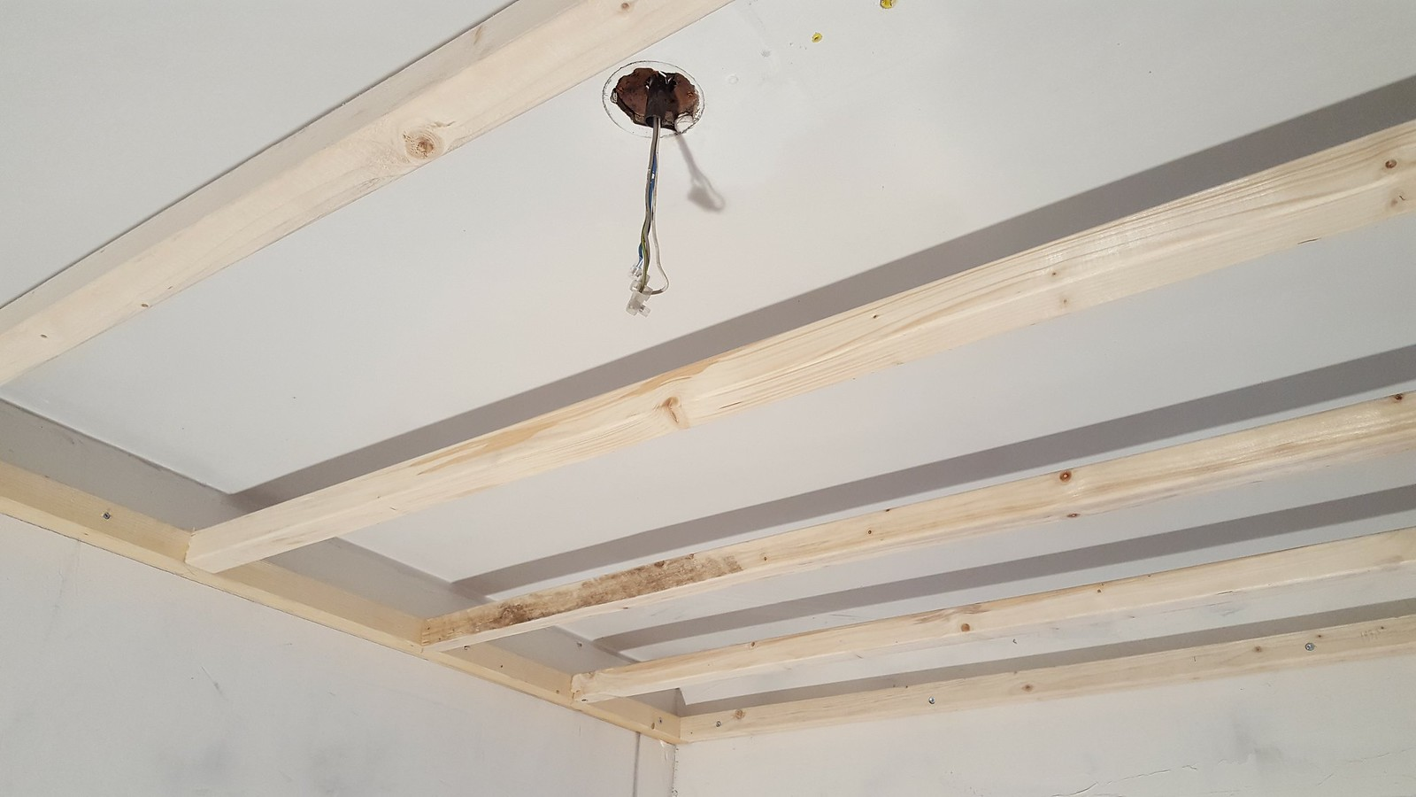 Guide Lower Ceiling And Install Led Downlights