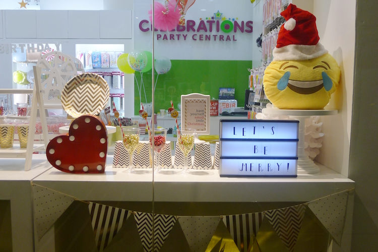 Homemade Parties DIY Party _Emoji Party08