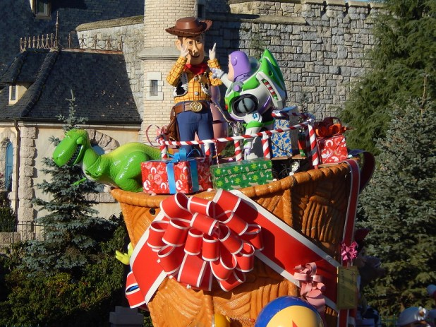 Christmas parade 02