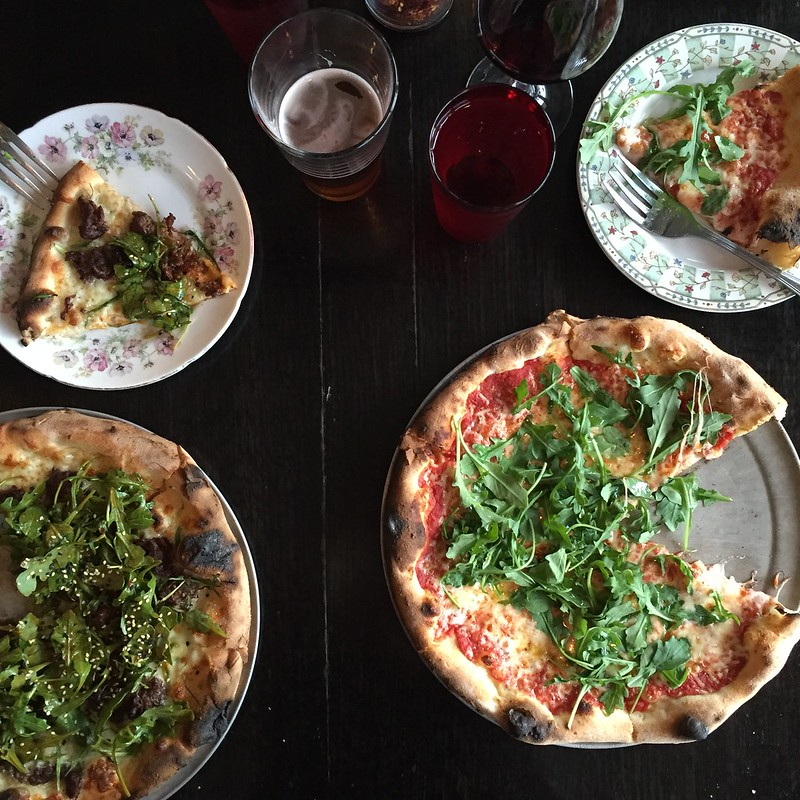 Pizzeria Lola table