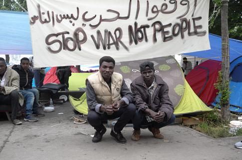 16f01 Campo refugiados Jardins d Eole_0012 variante Uti 485