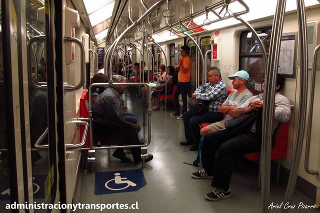 Metro de Santiago   Interior CAF NS2012 N2123