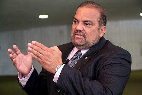 Presidente do DEM destina 600 mil em verba parlamentar para Belterra, foto de Hélio Leite, do DEM