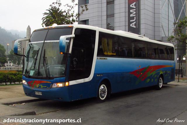 Buses Golondrina | Plaza Italia (Santiago) | Busscar Vissta Buss LO - Mercedes Benz / VJ2819