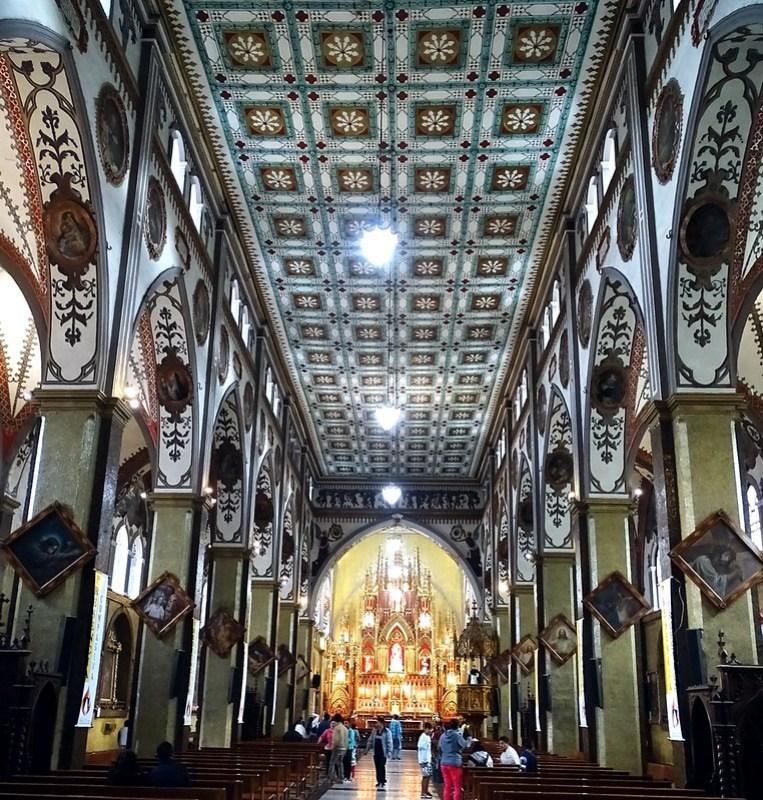 Santuario Nuestra Señora del Rosario Baños de Agua Santa Ecuador 06