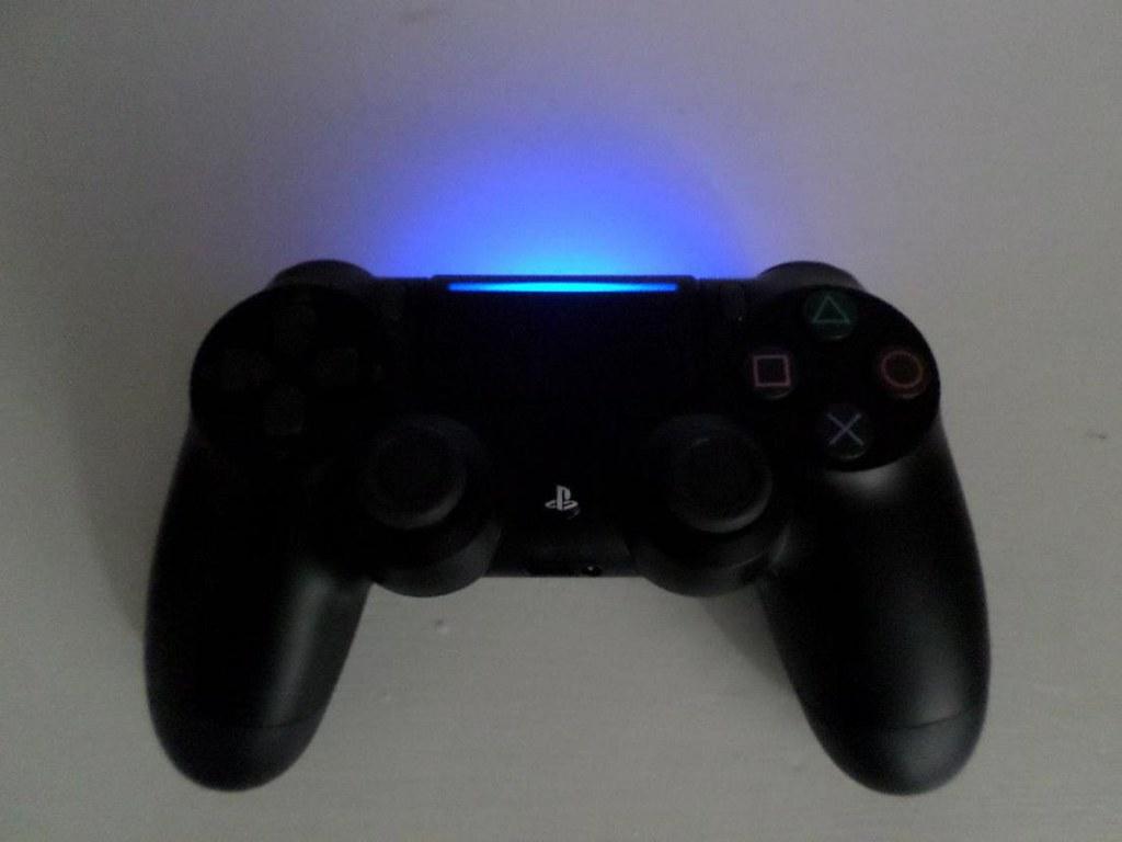DualShock-4-PS4-Slim