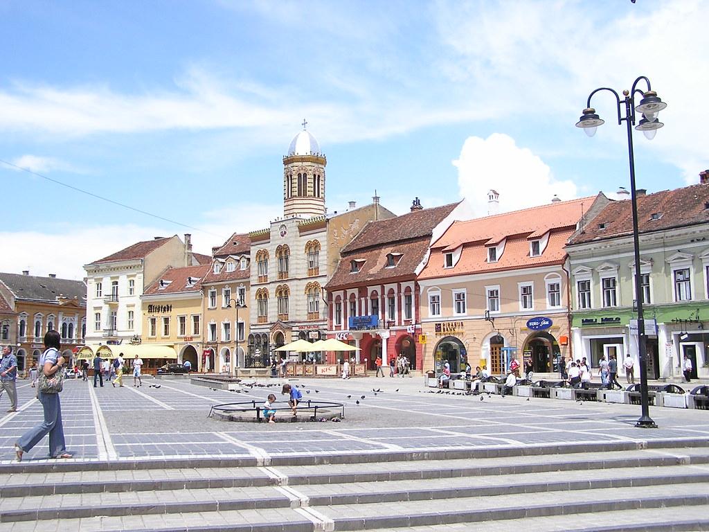 Plaza del Ayuntamiento Brasov Rumania 02