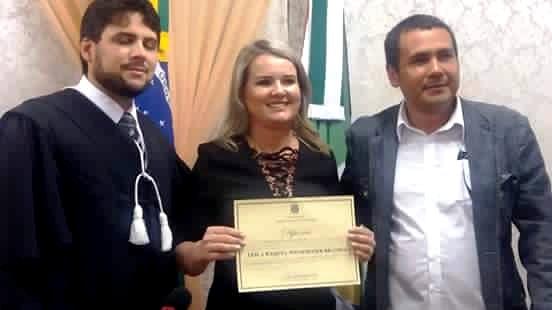 Primeira prefeita da história de Placas é diplomada pela Justiça Eleitoral, Diplomação e Raquel Brandão