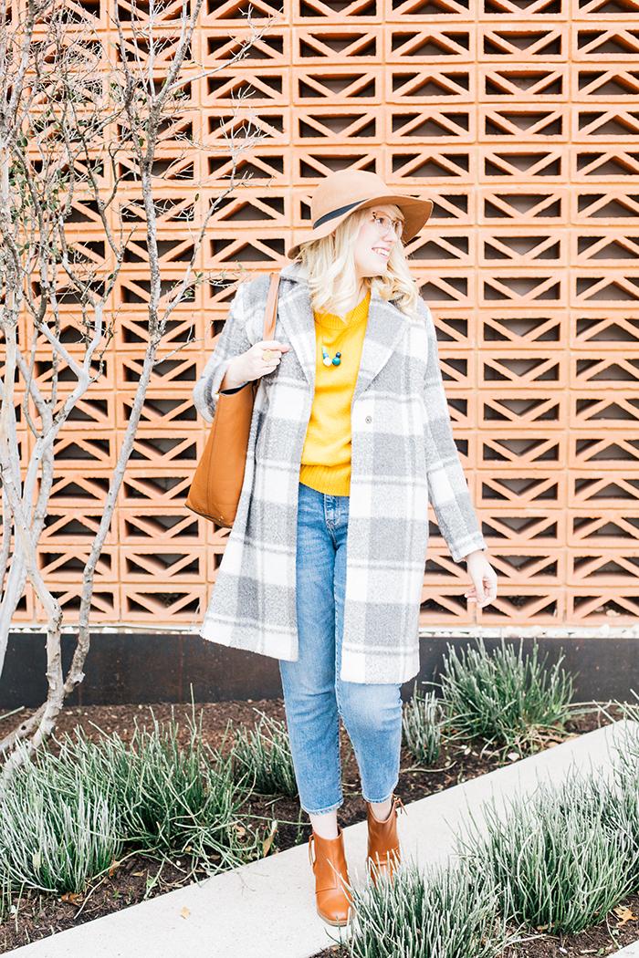 austin style blogger grey coat mustard sweater7