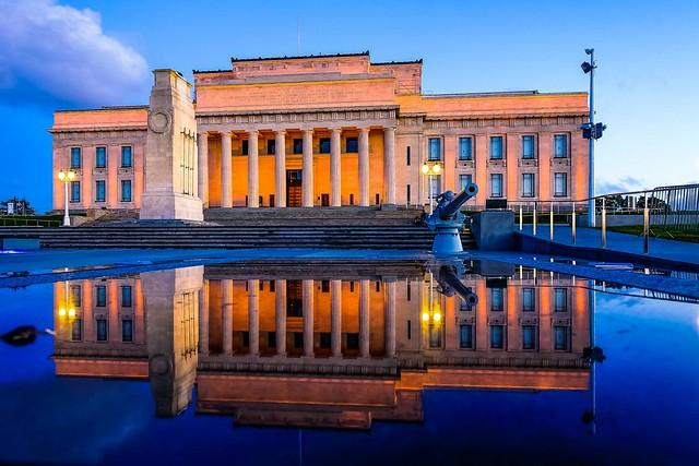 - Auckland museum
