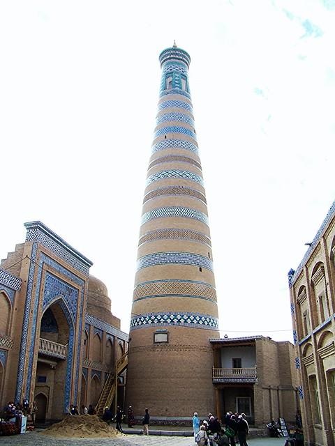 Jiva Madrasa Minarete Complejo Islam Khodja Uzbekistan 06