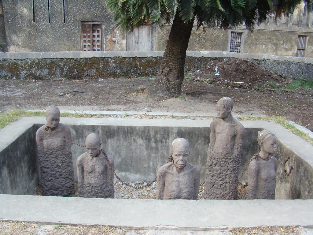 Monumento a los Esclavos Centro esclavos museo Stone Town Zanzibar Tanzania 05
