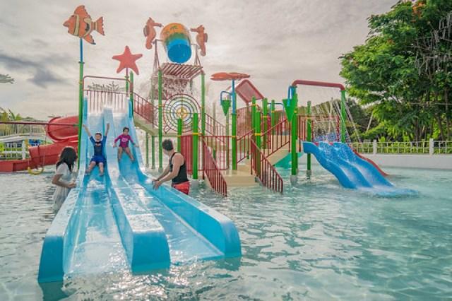 Palawan Waterpark_Tumbling Buckets Kidzone3