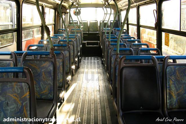 Transantiago C | Redbus | Comil Svelto - Mercedes Benz / UF7702