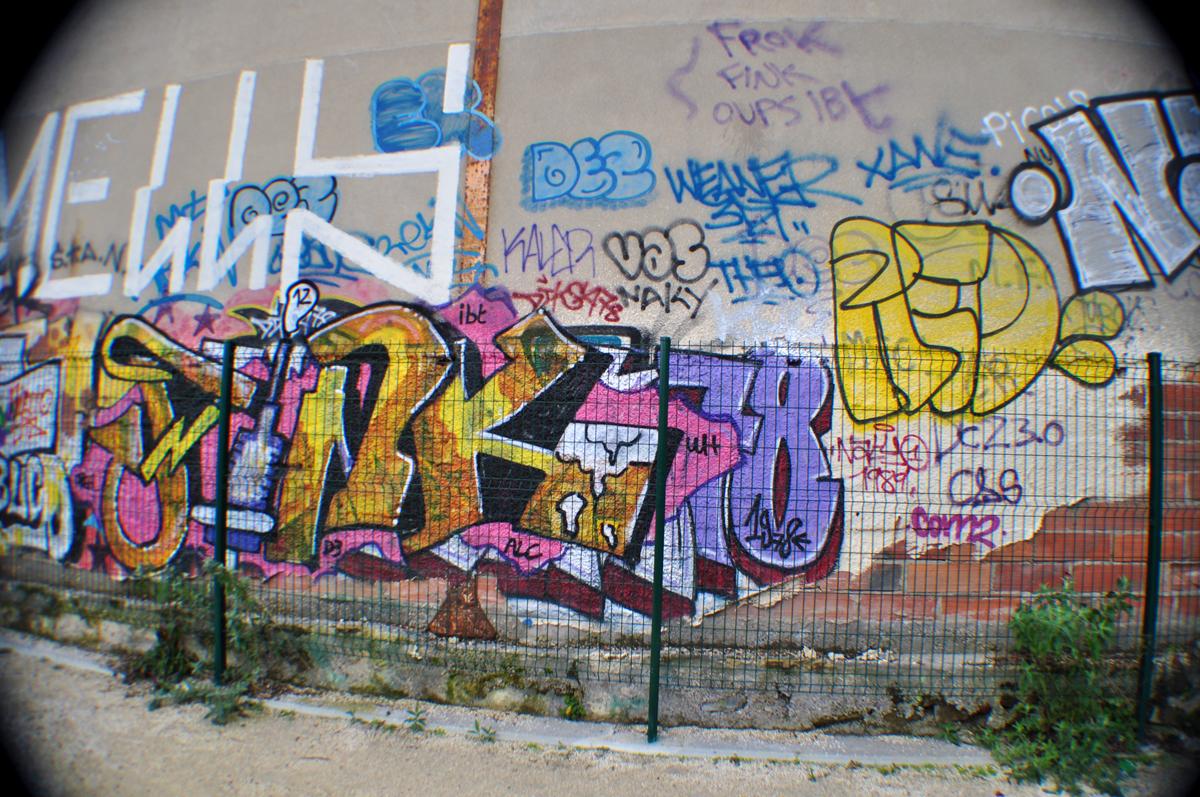 Fink Red