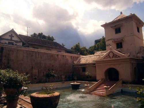 Sultan's Private Pool