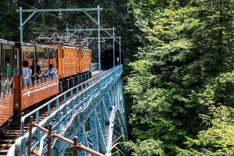 Tren-Kurobe-Gorge-100
