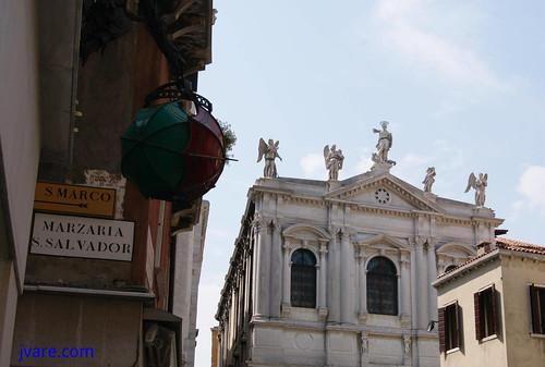 Indicadores camino San Marco en S Salvador