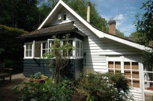 The Elgar Studio   Holiday Cottage Sleeps 8   Bedham