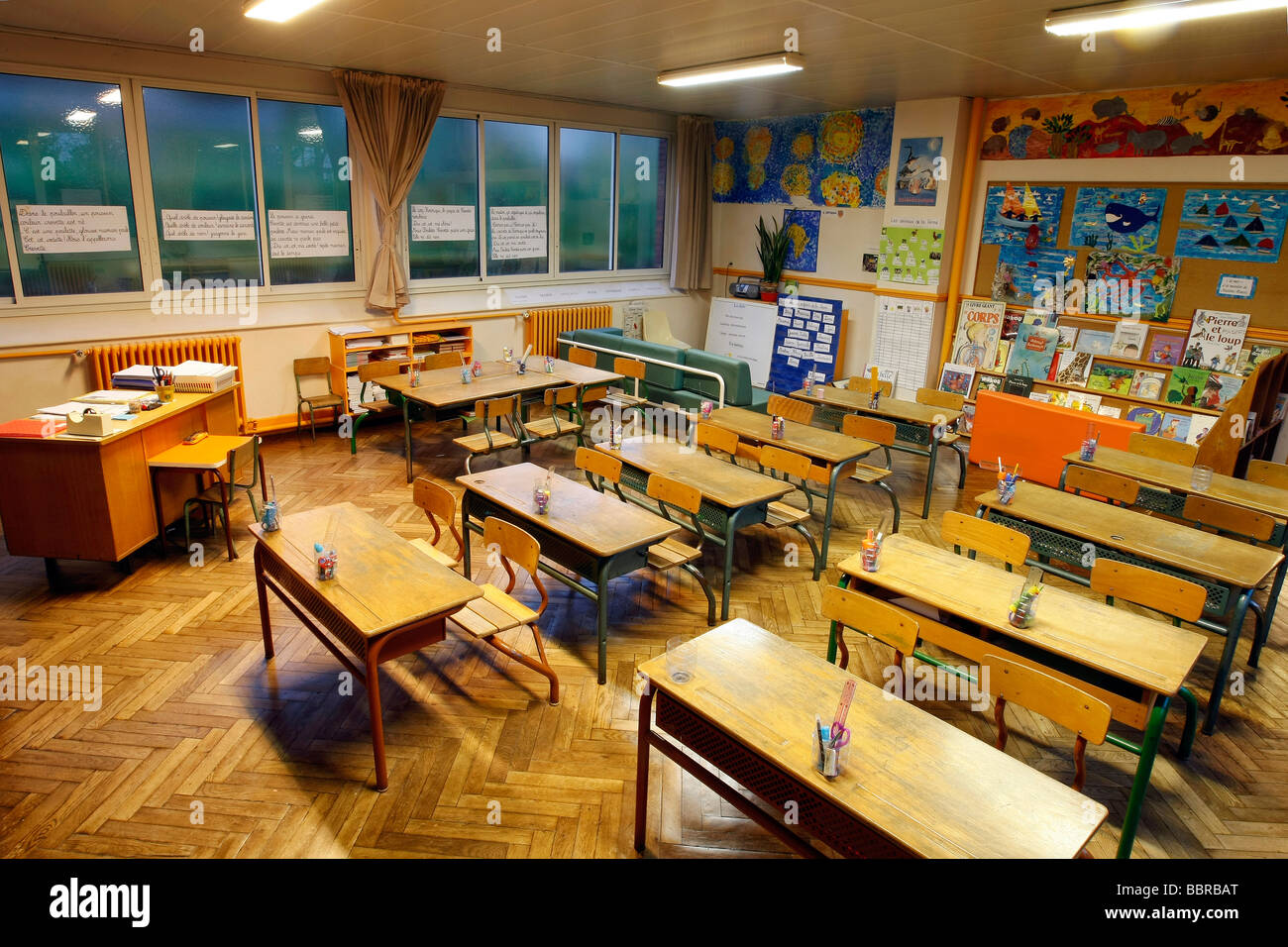 Elementary School Classroom Without Children The Rooms