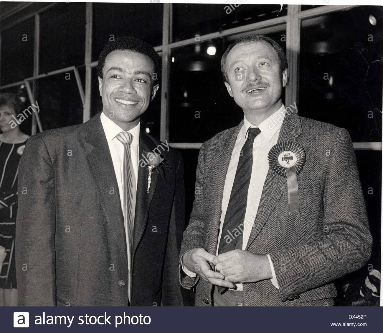 Ken Livingstone - Politician Paul Boateng (left) Stock Photo