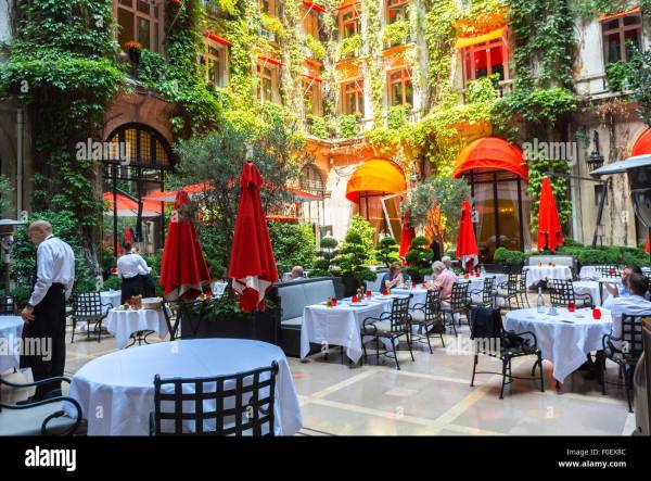 Paris, France, Luxury, outside Garden Terrace, French ...