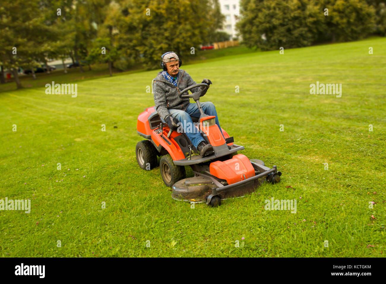 Mulching Leaves Riding Mower