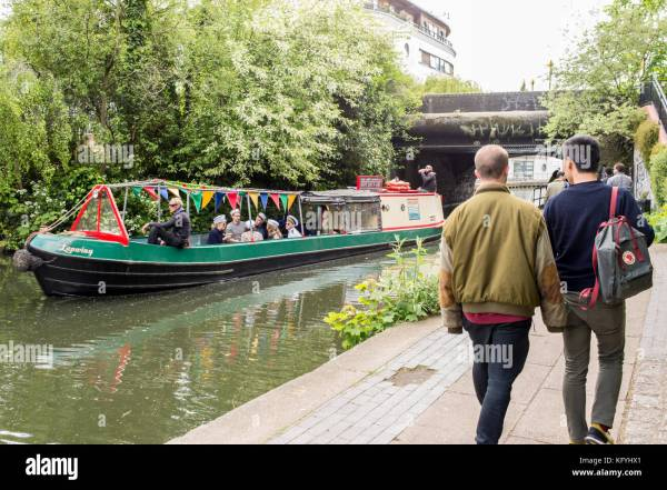Regents Canal People Stock Photos & Regents Canal People ...