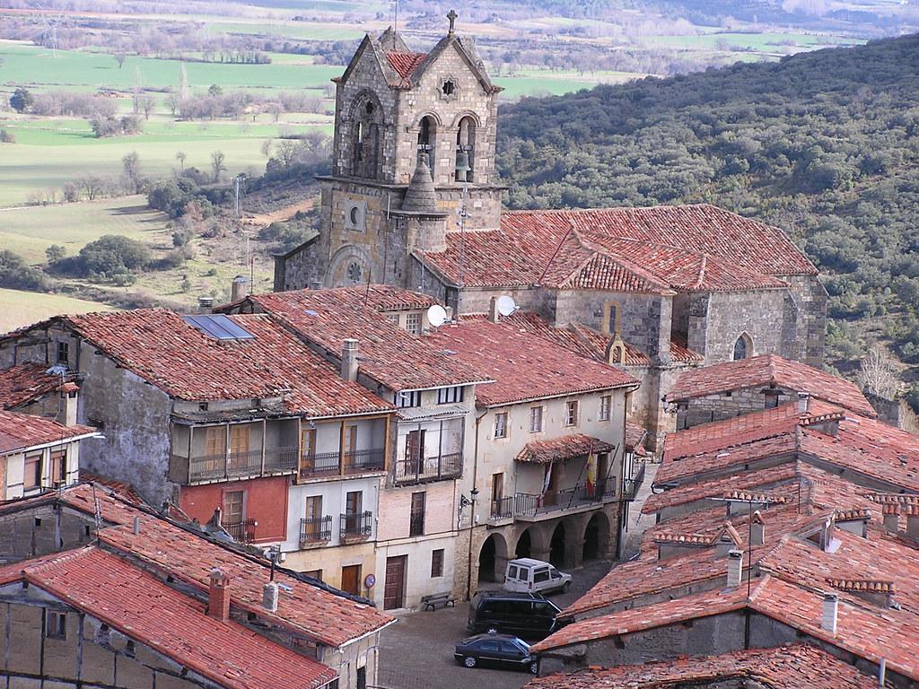 Burgos Iglesia de San Vicente Frias 21