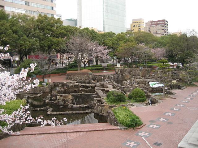 Día 9: Japón (Nagoya: Torre de Comunicaciones, Central Park, Castillo, Santuario Atsuta. Takayama: Sanmachi Suji con Sannomachi, Takayama Jinya, Higashiyama, Puente Nakabashi, etc).