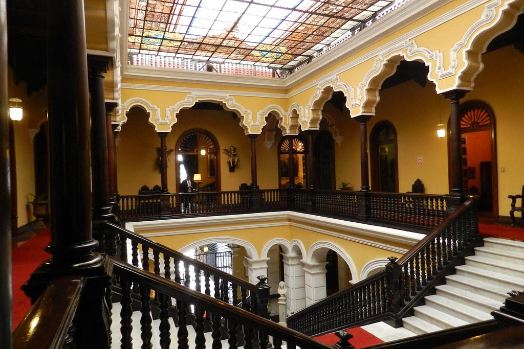 Lima Museo Palacio Arzobispal Peru 03