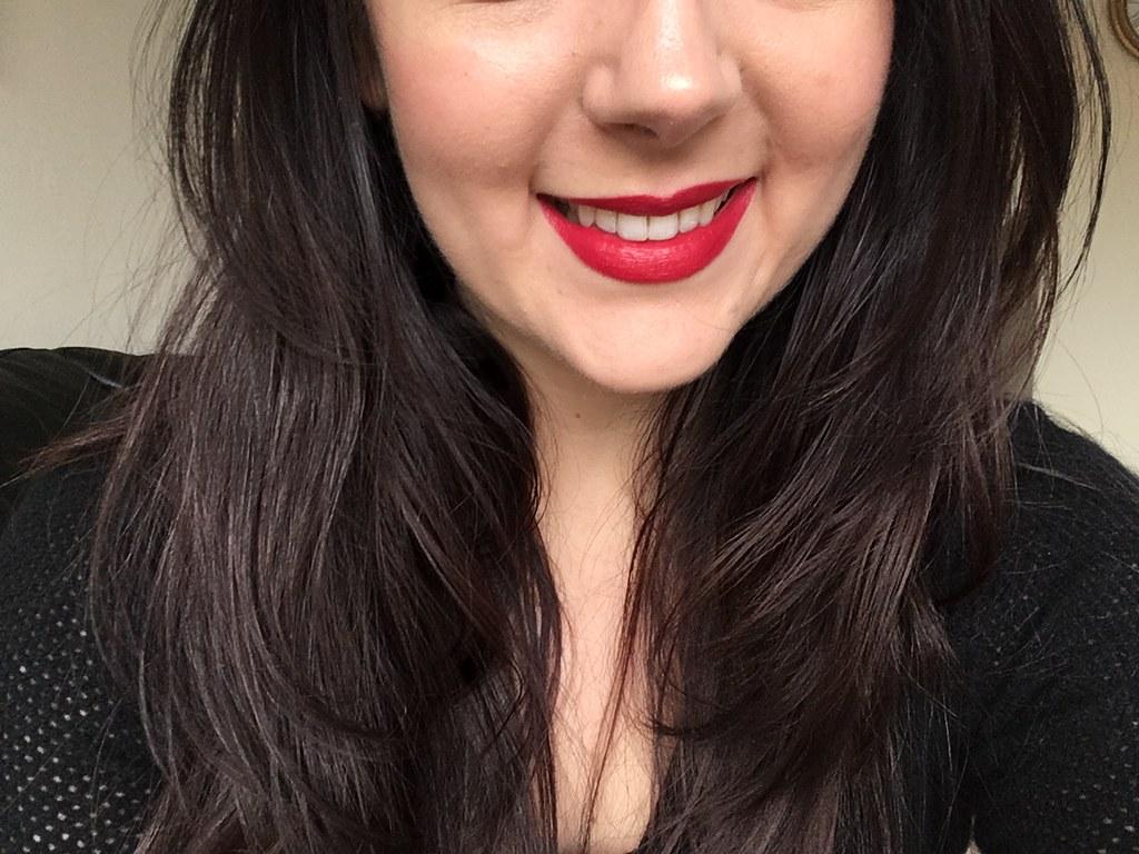 Make Up Revolution Red Carpet Lipstick
