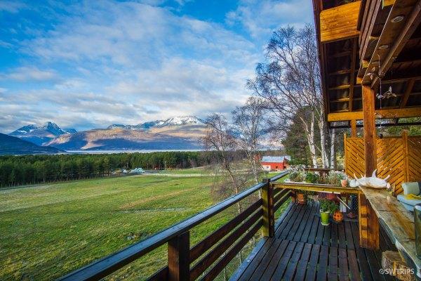 Lillevoll House (2) - Skibotn, Norway.jpg