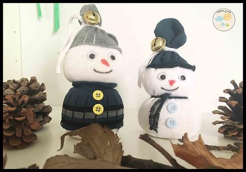 Muñecos de nieve con calcetines