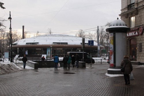 Station vestibule at Gorkovskaya (Го́рьковская) station on line 2
