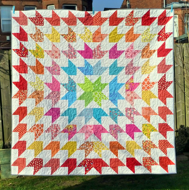 Summer Starburst Quilt (Popular Patchwork July16)