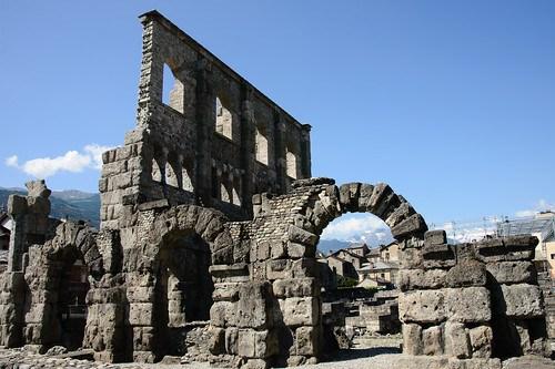 Aosta - il teatro romano   (serie)