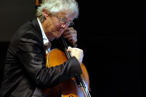 Solo-cello – Chrichan Larson