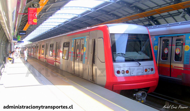 Metro de Santiago (L4) | Hospital Sótero del Río / Alstom AS2002 R4440