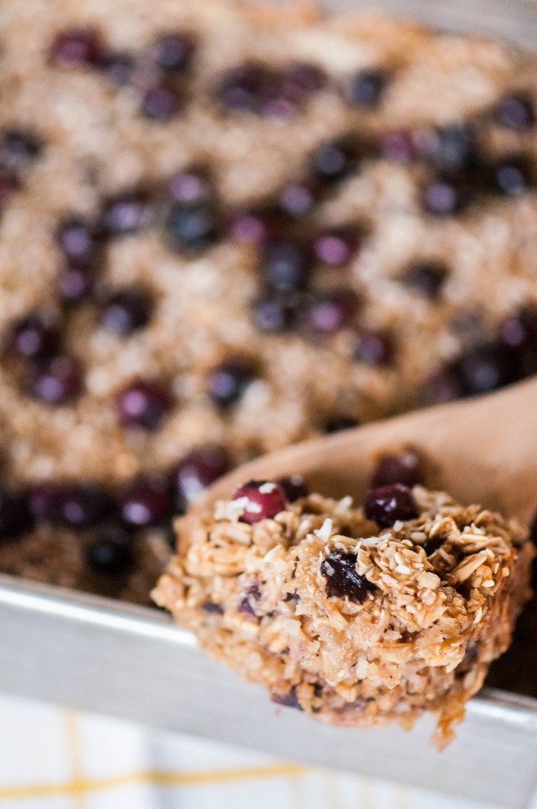 Make this yummy Blueberry Coconut Baked Oatmeal and let me know what ...